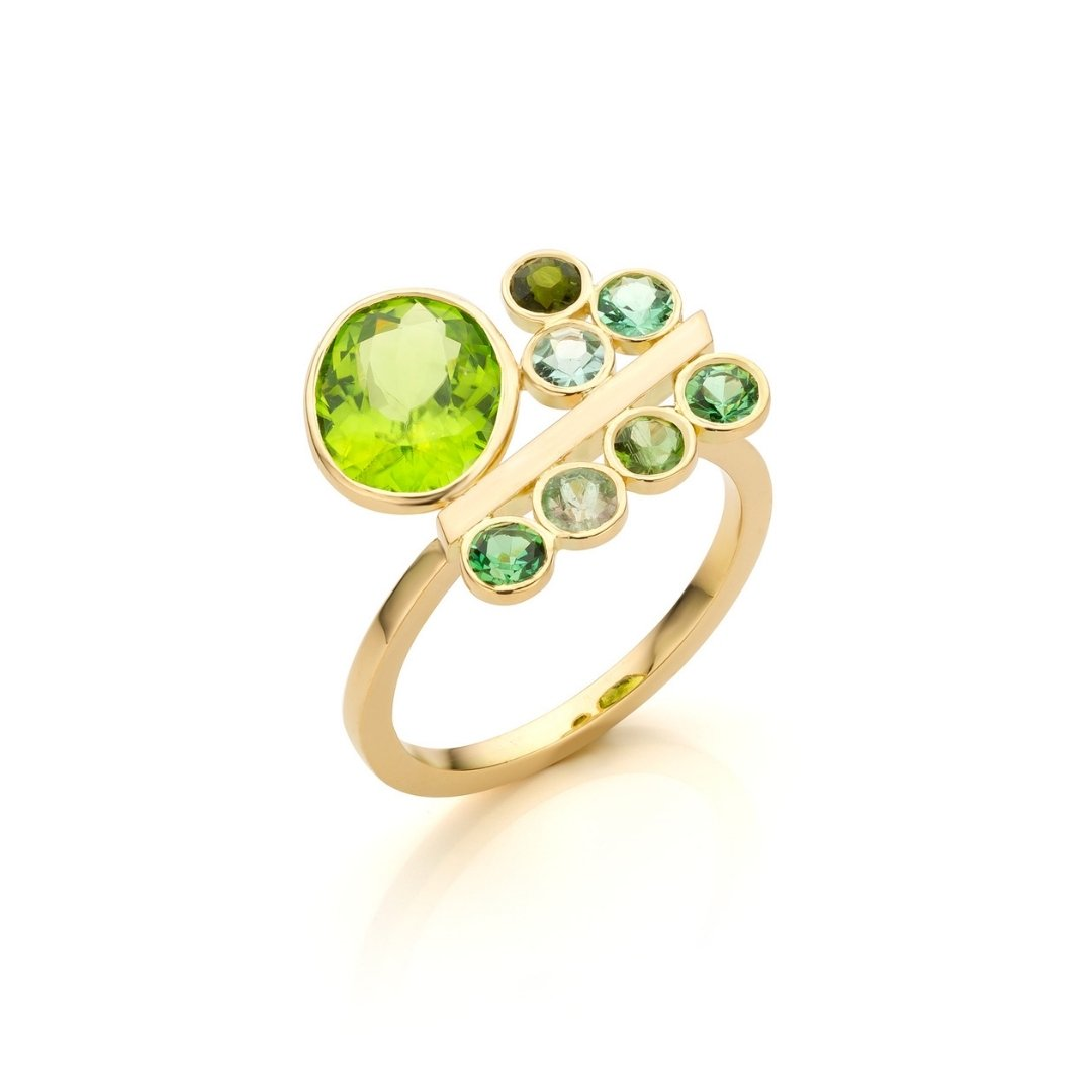 Audrey Huet Joaillerie : Ring N°2 yellow gold 18 carats peridot and tourmaline model full of audacity and elegance MADE in Belgium