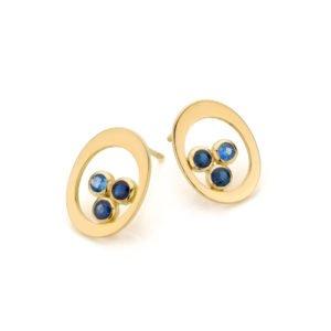 Audrey Huet Joaillerie : Boucles d'oreilles TRIO saphirs or jaune design épuré pierre naturelle bijoux colorés haut de gamme MADE in Belgium pour des femmes de caractère